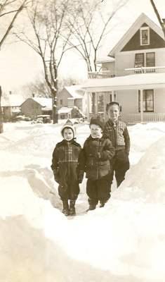 1940carolsueroger, snow