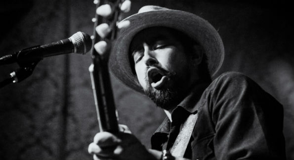 Jackie Greene (Photo by Greg Vorobiov)