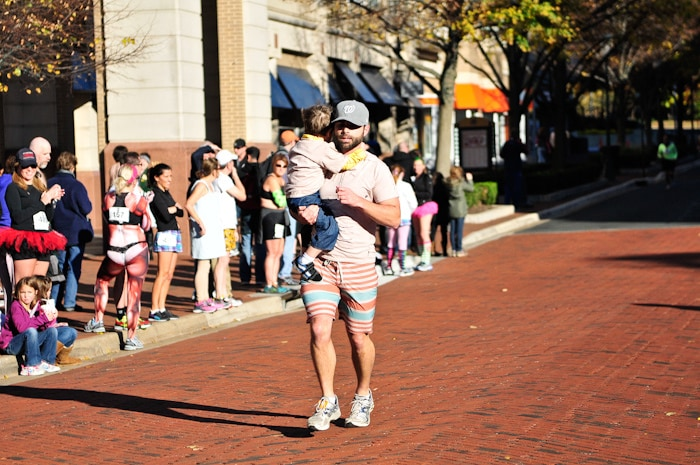 A little cargo for the run. I wonder if his back is sore? (Potomac River Running)