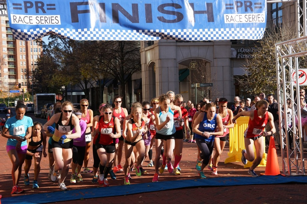 The start of the women's competitive race. (Leanne Littman)