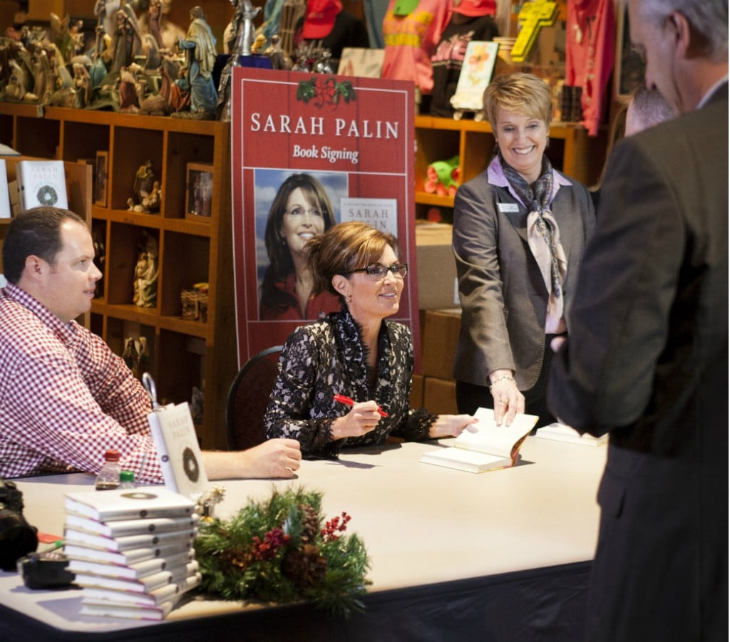 Sarah Palin signs books Dec. 6 at the Billy Graham Library. (Billy Graham Evangelistic Association)