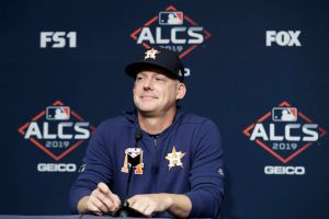 Astros seek to quash ALCS sign-stealing controversy