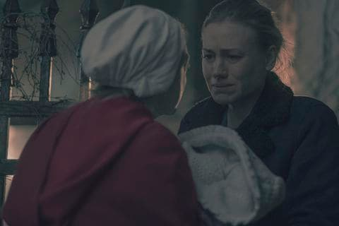 V2CSNQEFJAI6RHUAIA5CEGKGU4 - We survived another grueling season of 'The Handmaid's Tale.' Here are 3 things we need from Season 3.