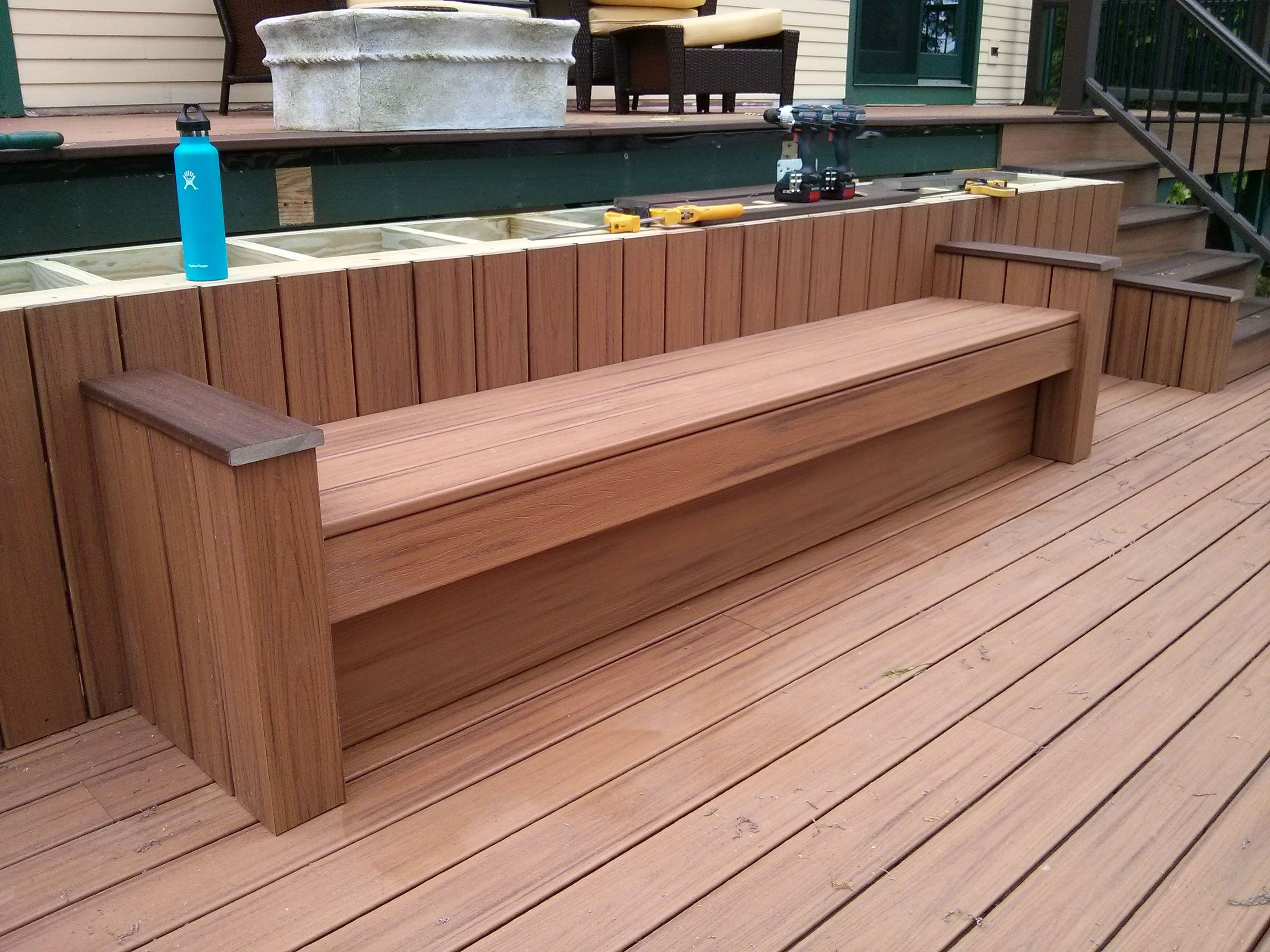 Need Extra Seating On Your Deck Here S How To Build It Yourself The Washington Post