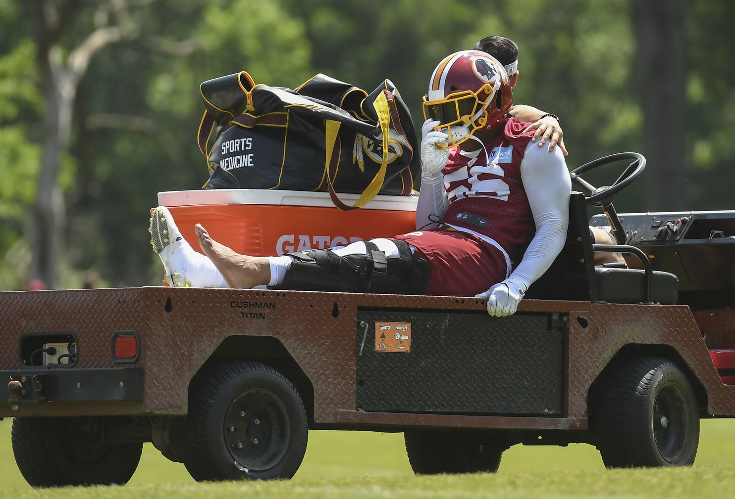 Redskins fear Reuben Foster suffered torn left ACL during first offseason workout