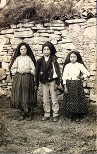 Our Lady of Fatima and the Miracle of the Sun: The Virgin Mary ...