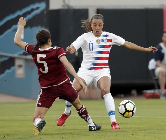 Alex Morgan And Mallory Pugh Lead Uswnt To 4 1 Rout Of Mexico