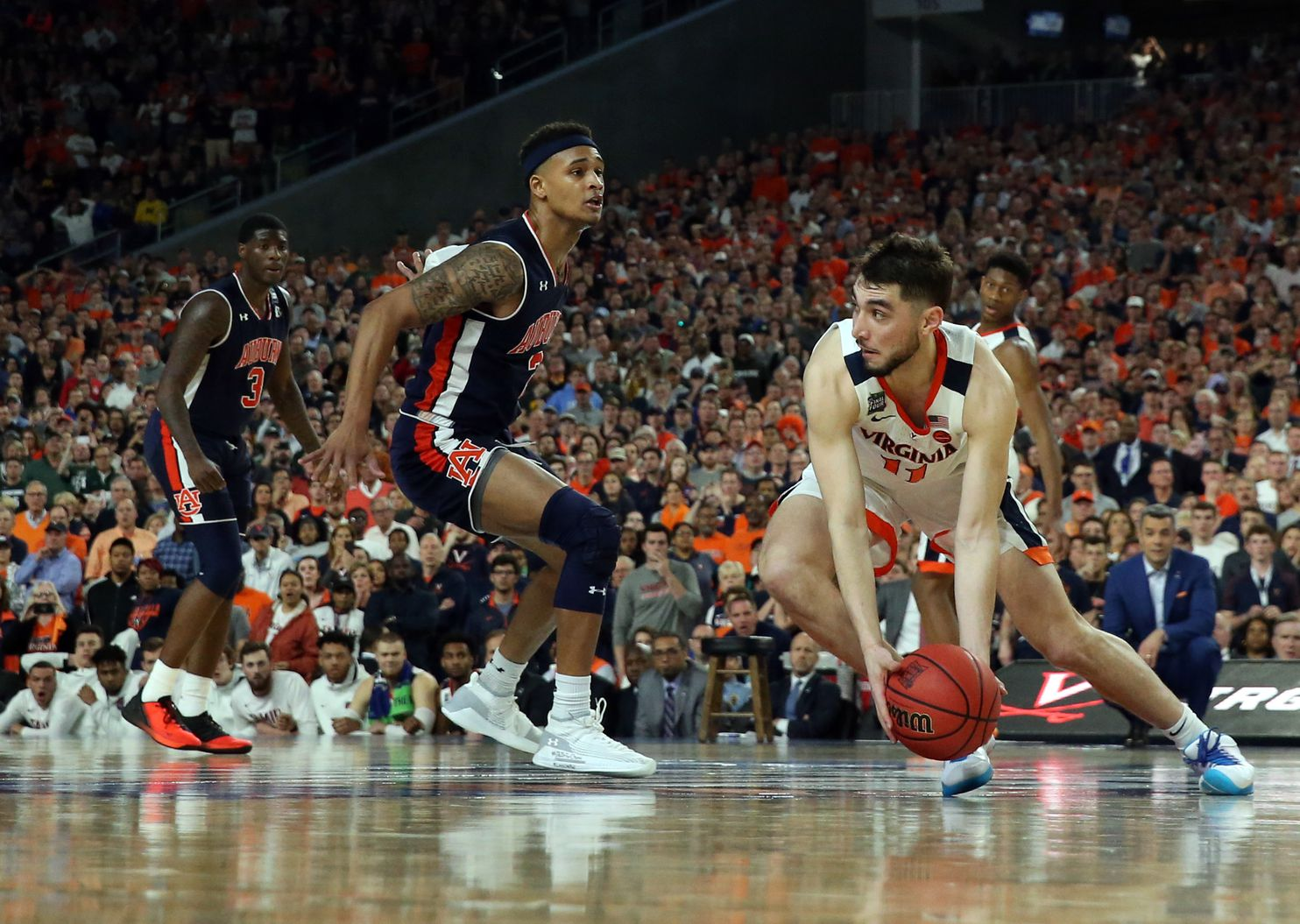 Missed Double Dribble Looms Large In Virginia S Comeback