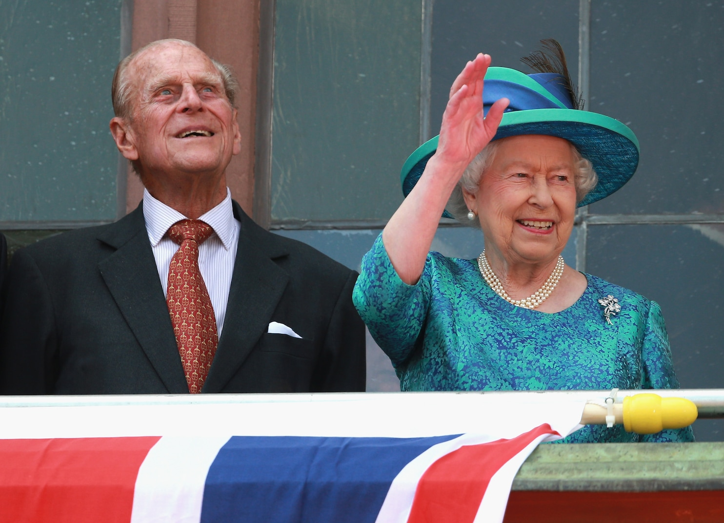 Queen Elizabeth II Becomes First British Monarch To Celebrate 70th Wedding Anniversary The