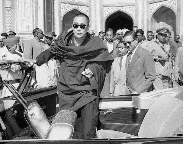 The Dalai Lama travels the globe - The Washington Post
