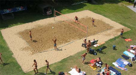 Beachvolleyballplatz im Alfred-Panke-Bad