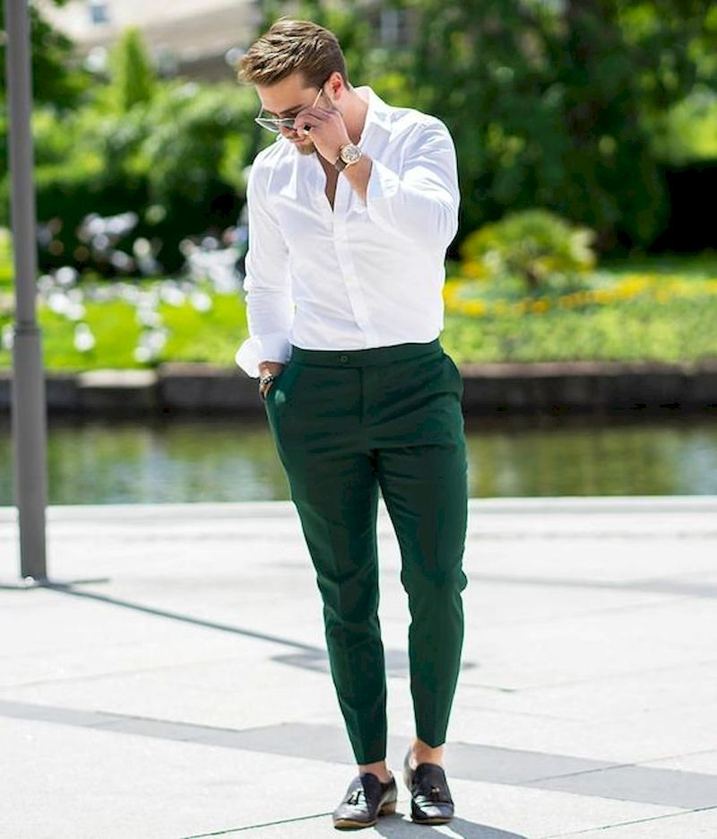 Outfit men with green pant