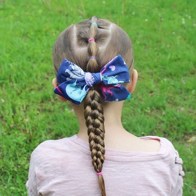 Braid straight hairstyle with blue ribbon