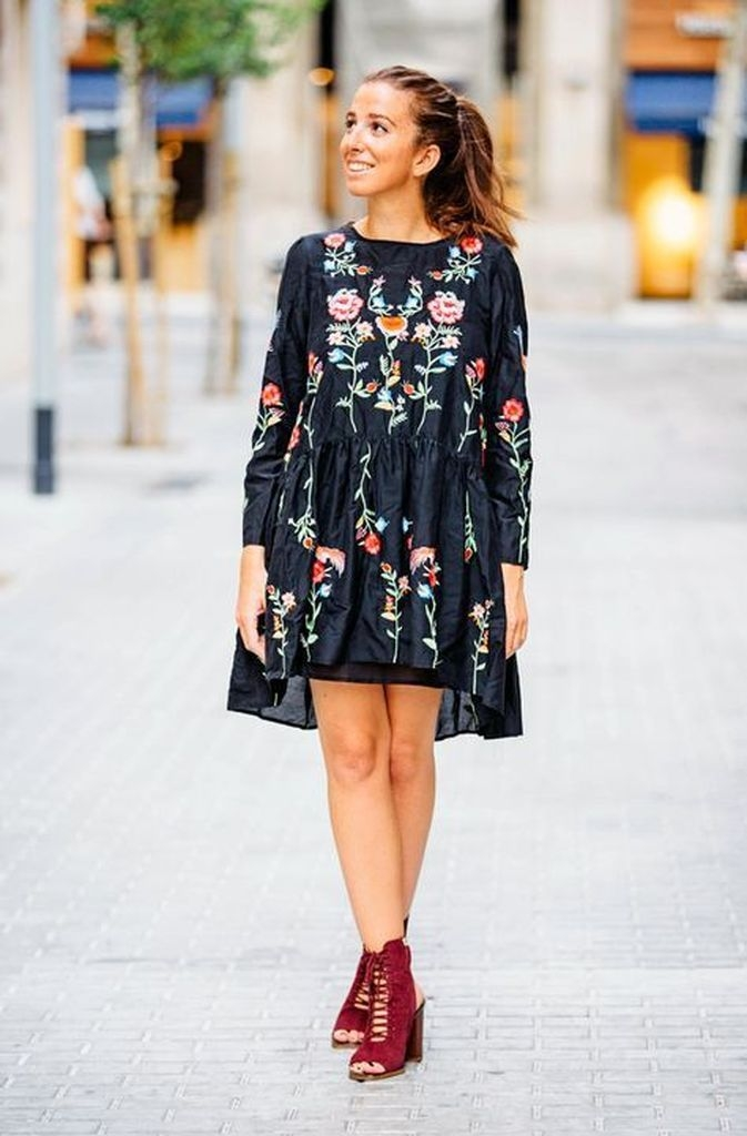 Embroidered flower dress for women with black color