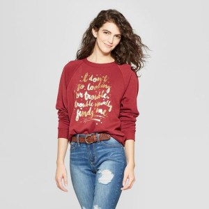 Women outfit with harry potter graphic sweatshirt