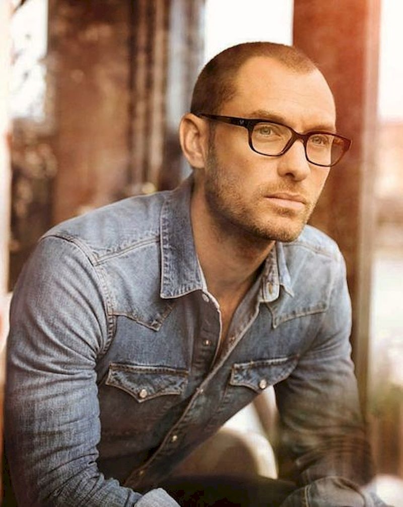 Hairstyles for bald men with very thin tops