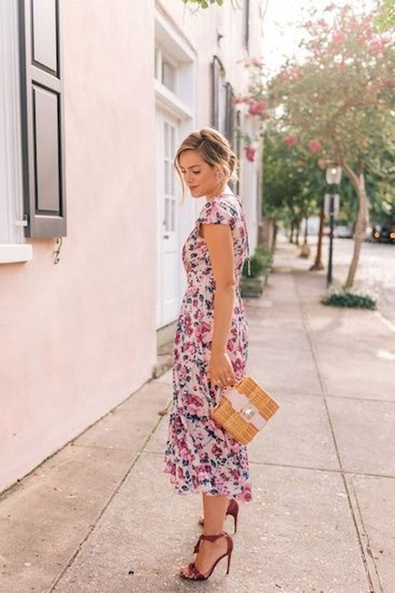 Casual spring outfits with floral dress