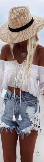 35 Adorable Bohemian Fashion Styles For Spring Summer (30)