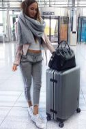 51 Fall Travel Outfit Ideas For You Who Always On The Go (1)