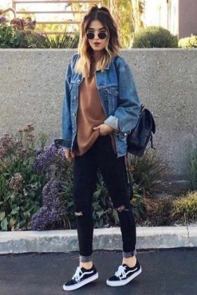 51 Fall Travel Outfit Ideas For You Who Always On The Go (17)