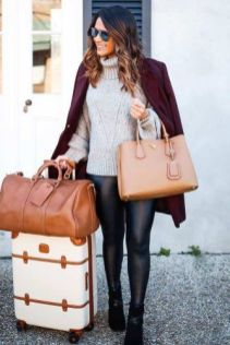 51 Fall Travel Outfit Ideas For You Who Always On The Go (5)