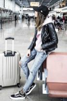 51 Fall Travel Outfit Ideas For You Who Always On The Go (50)