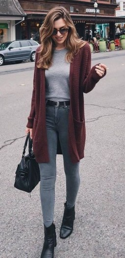 51 Good Inspiration Casual Outfits for Beautiful Women (20)