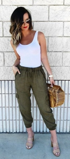 51 Good Inspiration Casual Outfits for Beautiful Women (3)