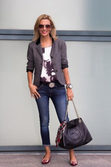 51 Good Inspiration Casual Outfits for Beautiful Women (30)
