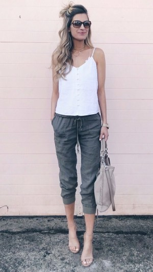 51 Good Inspiration Casual Outfits for Beautiful Women (48)