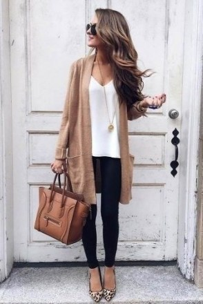 51 Good Inspiration Casual Outfits for Beautiful Women (9)