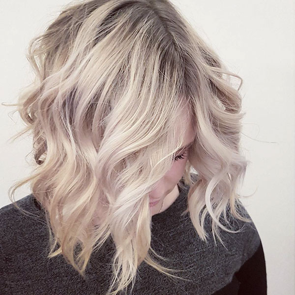Short Hairstyles For Women With Wavy Hair