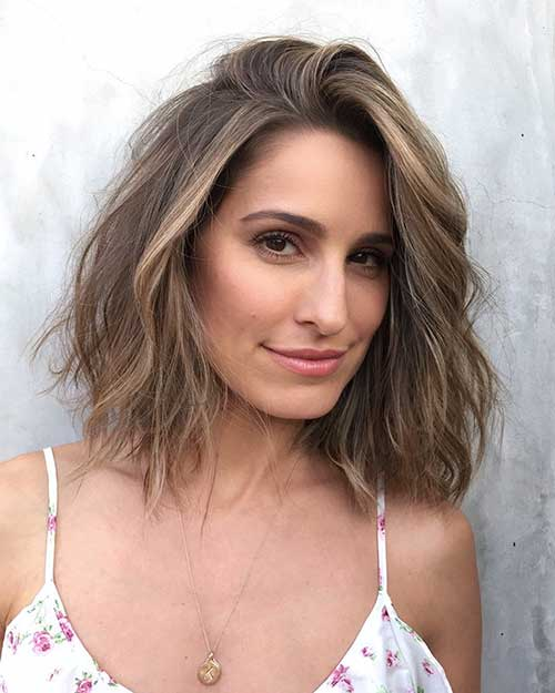 Short To Medium Haircuts For Fine Hair