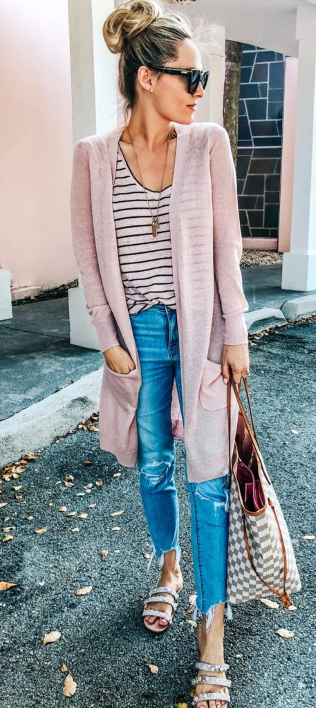 25+ Brilliant Summer Outfits To Copy ASAP - brown long-sleeved cardigan #summer #outfits #summeroutfits #summerfashion #summerstyle