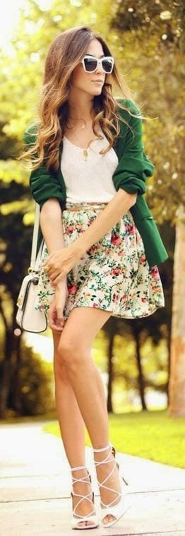 Spring outfit with short skirt