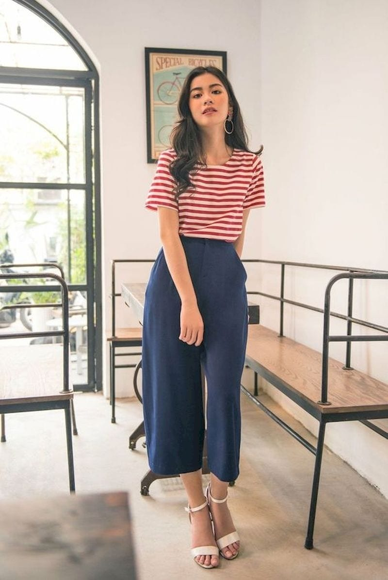 Spring outfit style with striped t-shirt