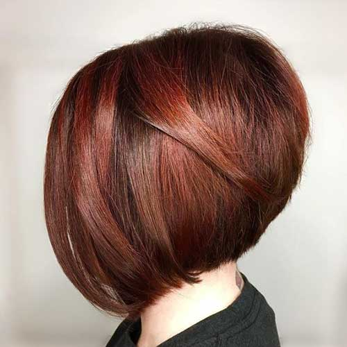 Short Haircuts for Women with Thick Hair -15