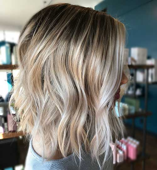 Short Layered Hairstyles For Wavy Hair