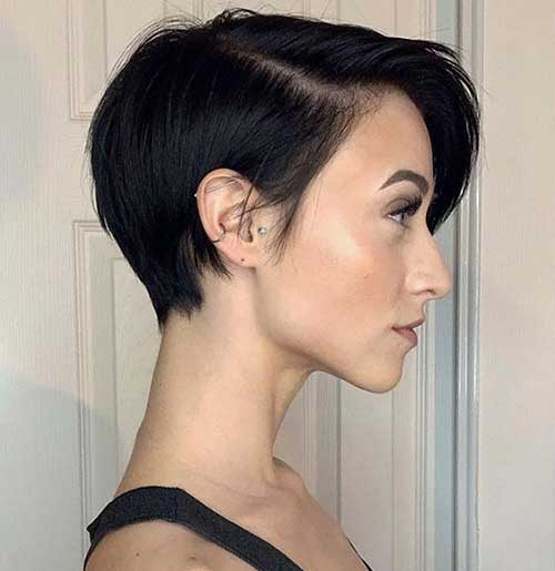 Modern Short Haircuts for Women-21