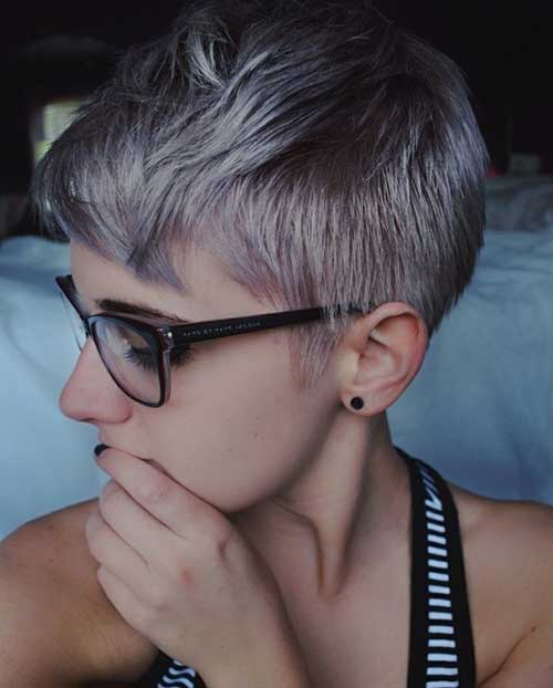 Short Hairstyles for Fine Straight Hair-14