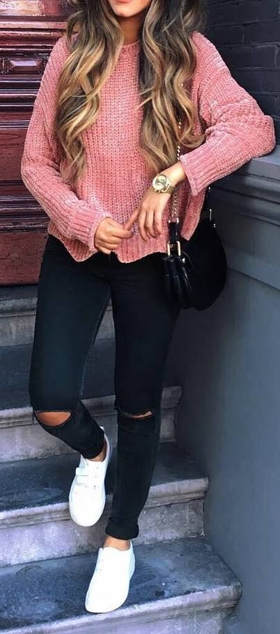 #fall #outfits / Peach Long Sleeve - White Sneaker