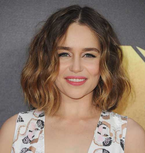 Short Haircuts for Wavy Hair-20