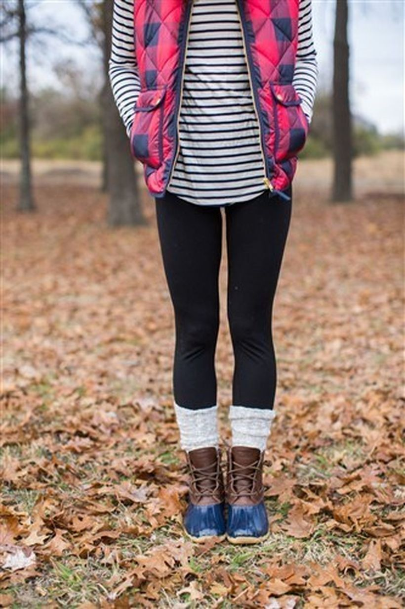 Leather-boots-and-black-legging