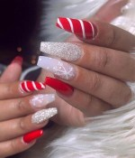 25 Glamorous Glitter Nail Arts for Christmas