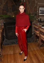30 Fashionable Winter Celebrity Outfit Ideas