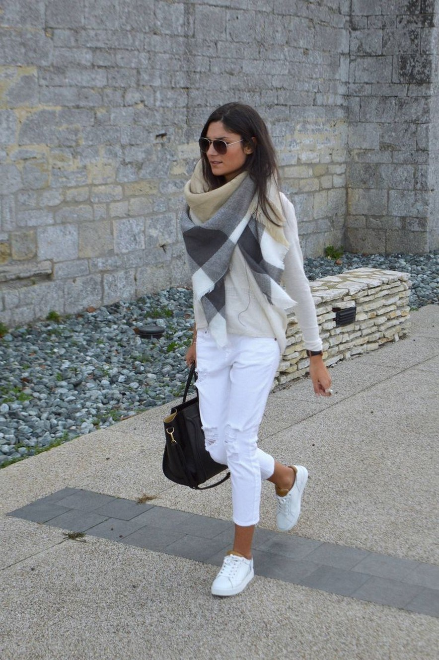31+ trendy winter outfit ideas that women have to know 24