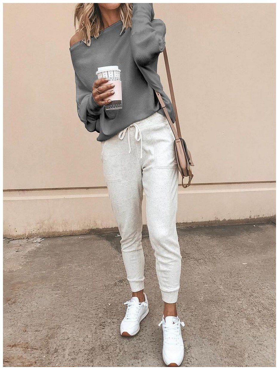 60+ minimalistic outfits for spring 25