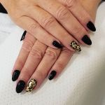15 Anti-French Winter Nail Art Ideas You Can't Resist