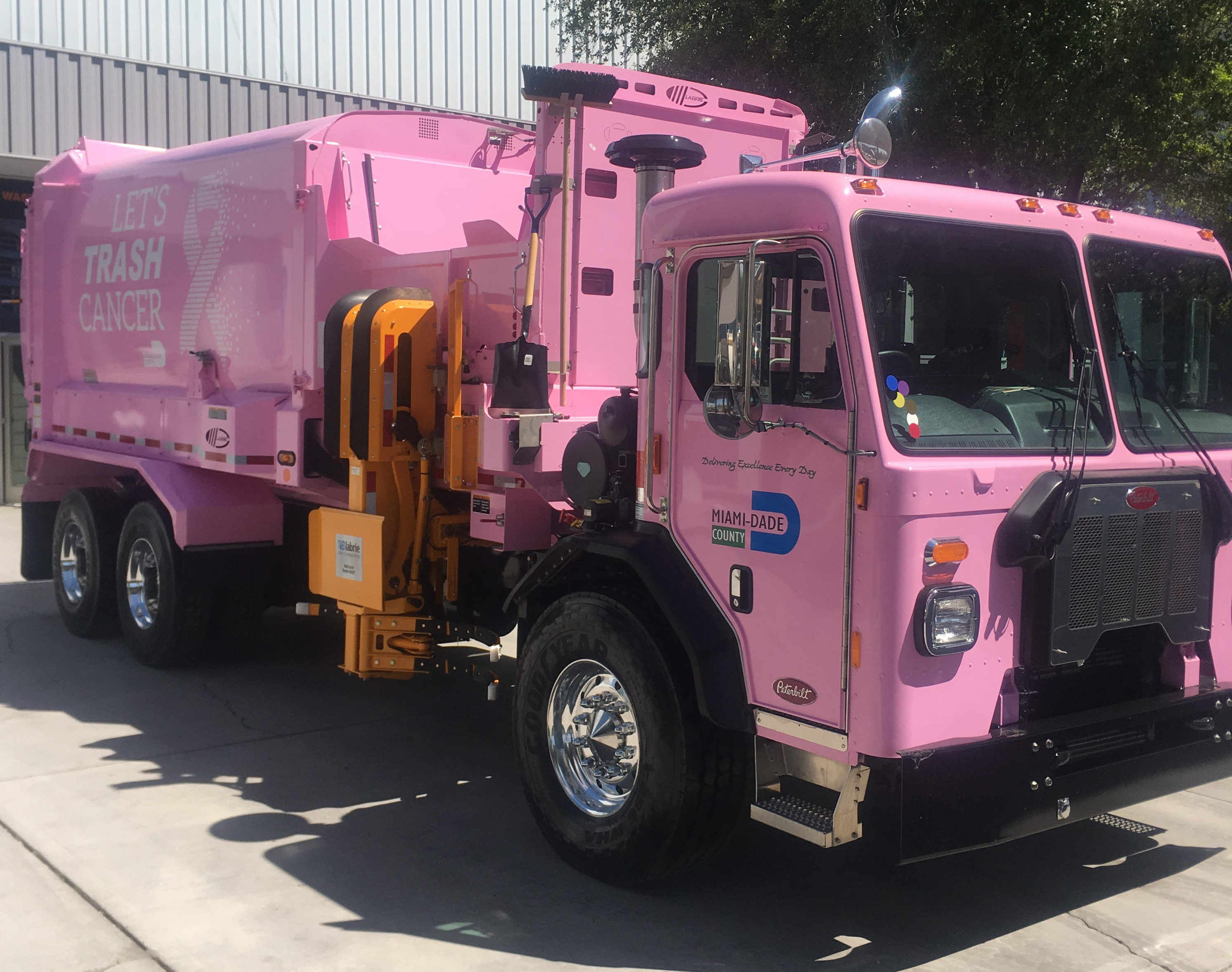 Labrie Automated Side Loader for Miami Dade's fleet for Breast Cancer Awareness