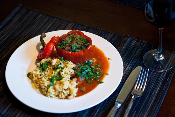 Gevulde paprika met lamsgehakt en pilav
